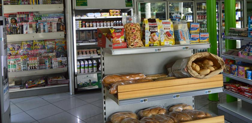 tienda BP pan, bebidas, comida tabaco, alcohol en Talavera